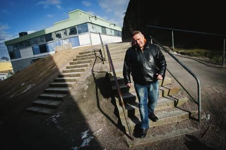 FÖRORTSROCKENS SPRÅKRÖR TILLBAKA I HAMMARKULLEN